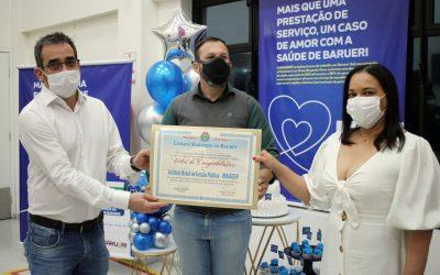 Vereador Wilson Zuffa entrega Moção de Congratulação ao IBRAGESP
